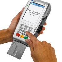 Verifone VX680 accepting payment